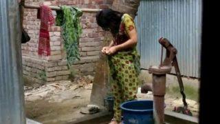 desi girl bathing outdoor for full video on Xvideos tv