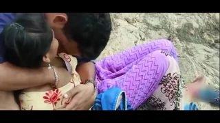 Desi Girl Romance With EX-Boyfriend in Outdoor – Hot Telugu Romantic Short Film 2017